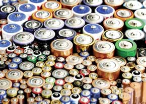 زباله های صنعتی ناشی از باتری ها