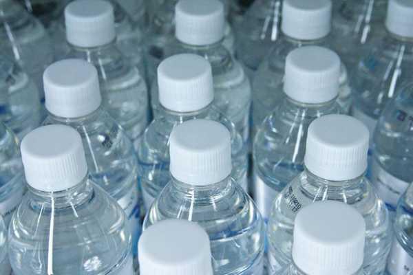 روش های کاهش بطری های پلاستیکی