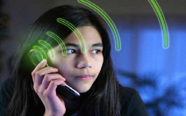 تاثیر امواج تلفن همراه برای کودکان