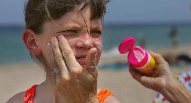 sunscreen SPF over 15 کرم ضد آفتاب جلوگیری از اشعه یو وی UV
